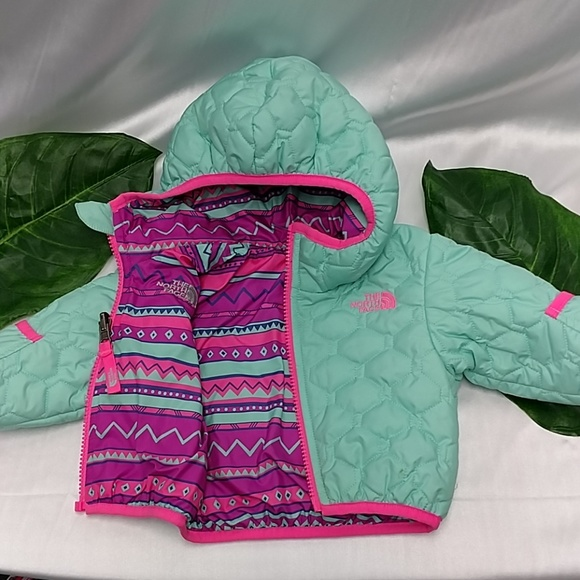 651f257cb THE NORTH FACE REVERSIBLE BABY COAT SZ 0-3 M. M_5bff2231aa57196f5733eec1